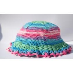 Cappello in cotone uncinetto