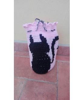Sacca rosa con gatto nero...